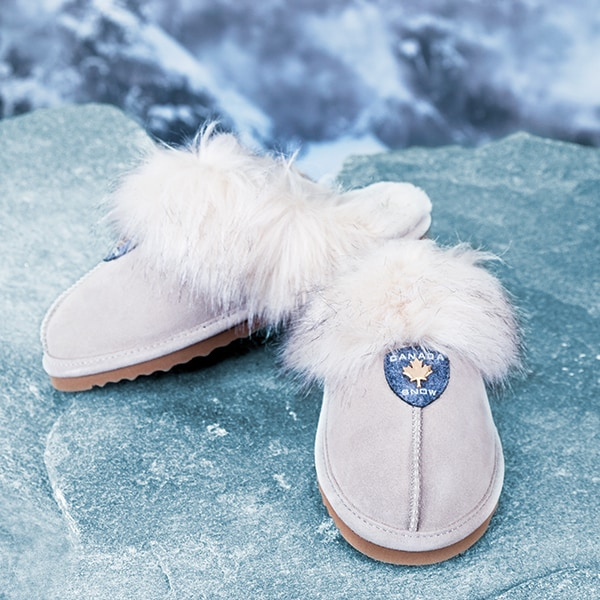 For cosy moments. Shop Slippers · Canada Snow 78dfc12a8340b